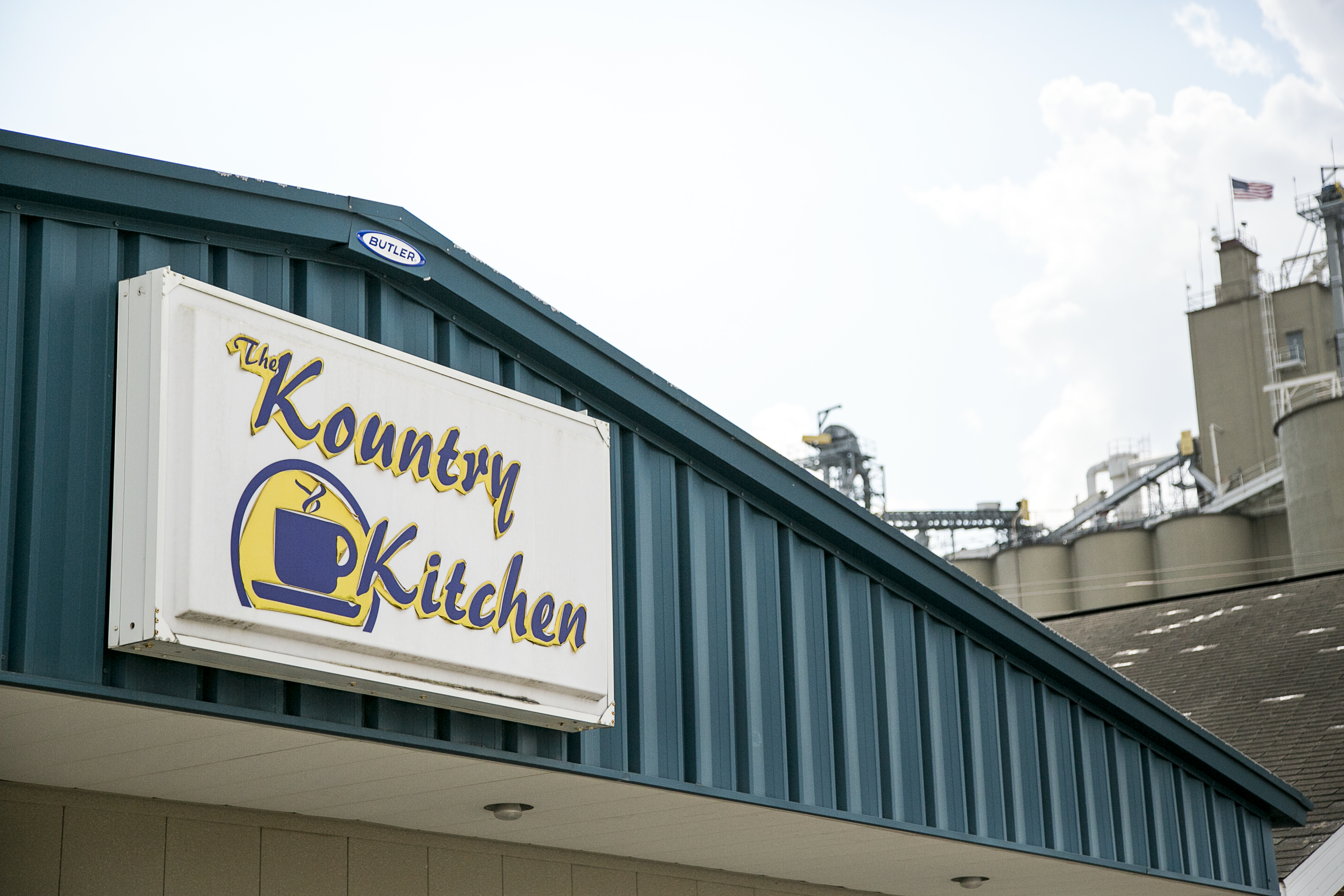 Illinois effingham county teutopolis - The Kountry Kitchen Has Been A Family Owned Restaurant Since Its Establishment In Teutopolis In 1980 The Original Restaurant Was First Housed In The